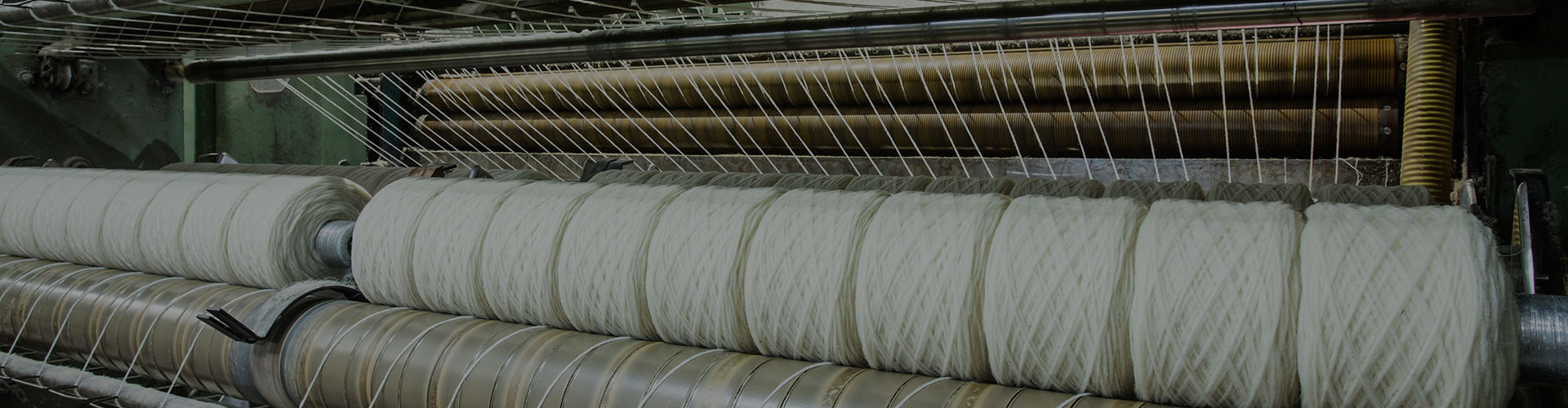 WE ARE SPECIALIST IN THE PRODUCTION OF WOOLLEN YARNS IN WOOL, AND ITS BLENDS WITH OTHER FIBERS.